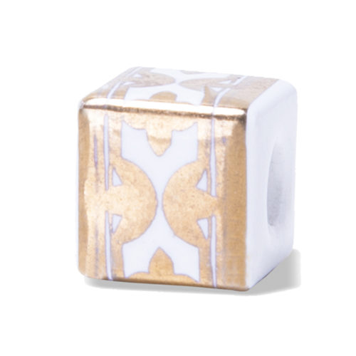 Oro giallo su Porcellana