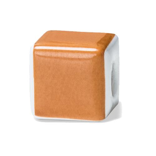 Orange è il colore dell'ottimista ad oltranza, della persona sincera e aperta.